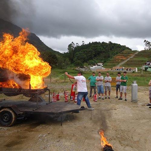 Imagem de Aulas para Combate a Incêndio